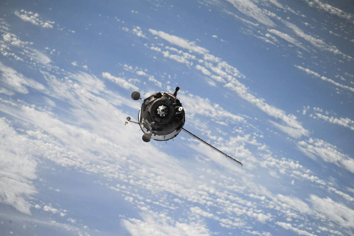 facts about satellites in space
