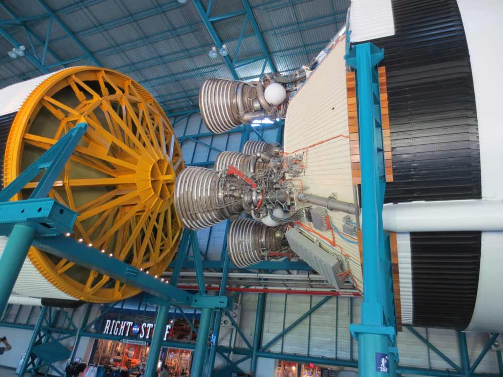 saturn 5 rocket facts